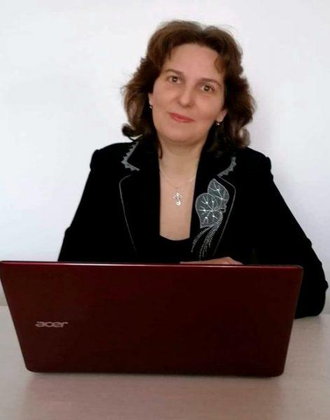 Doamna învățătoare Laura Mitrofan din Sita Buzăului,  printre cei 10 câștigători ai concursului #Digitaliada
